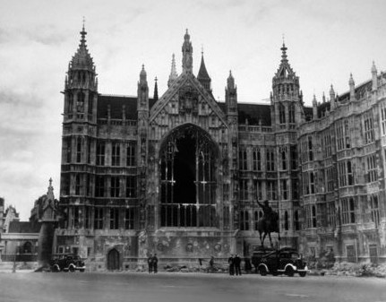 Photo:Damage to Palace Yard, Westminster, 1940