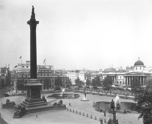 Photo:National Gallery and Trafalgar Square