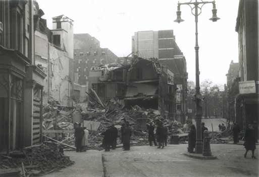 Photo:Bruton Street and New Bond Street, 11 May 1941