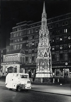 Photo:Charing Cross Station/Hotel