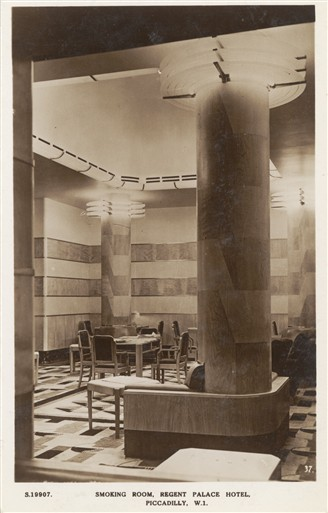 Photo:The Smoking Room of the Hotel before the Blitz