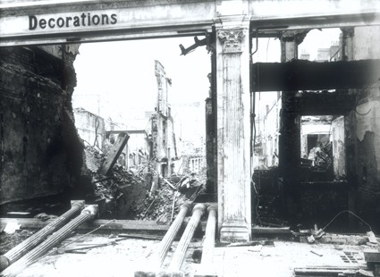 Photo:Bomb damage to Druces Depository