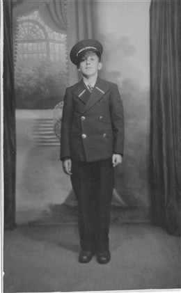 Photo:John Lubin (aged 14). Dorman Stewarts employee