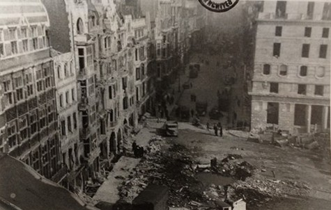Photo:Bomb damage in Pall Mall/St James's Street, February 1944