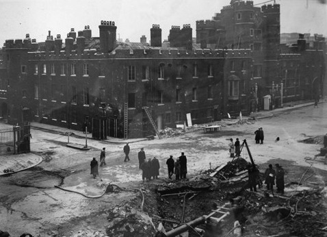 Photo:Severed utility main in Pall Mall, February 1944