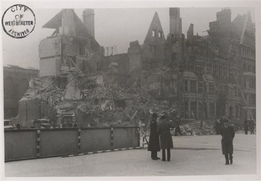 Photo:184 and 185 Queen's Gate, 1944