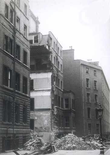Photo:Rear of 15 Victoria Street, 11 November 1941