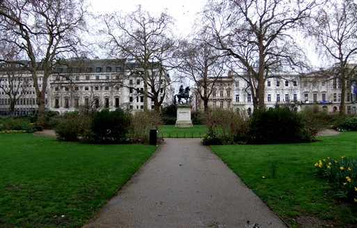Photo:St James's Square, 2010