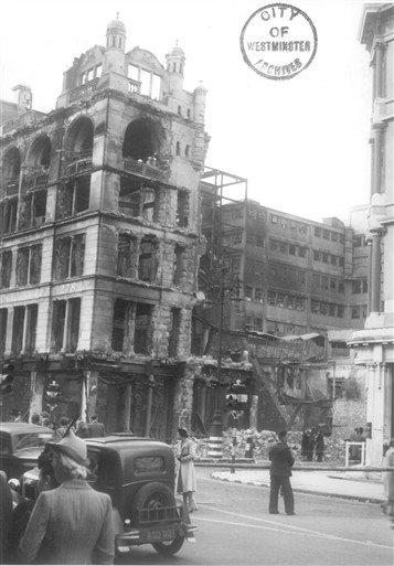 Photo:Fire-damaged John Lewis (West House), 18 September 1940